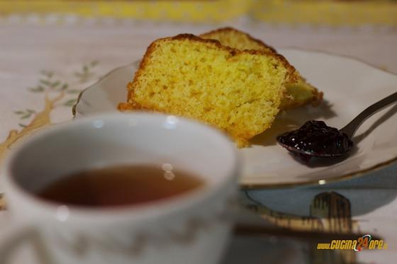 Ciambellone al Profumo di Limone Senza Glutine, ma con Gusto!