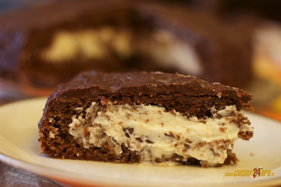 Torta al cioccolato con cuore di ricotta