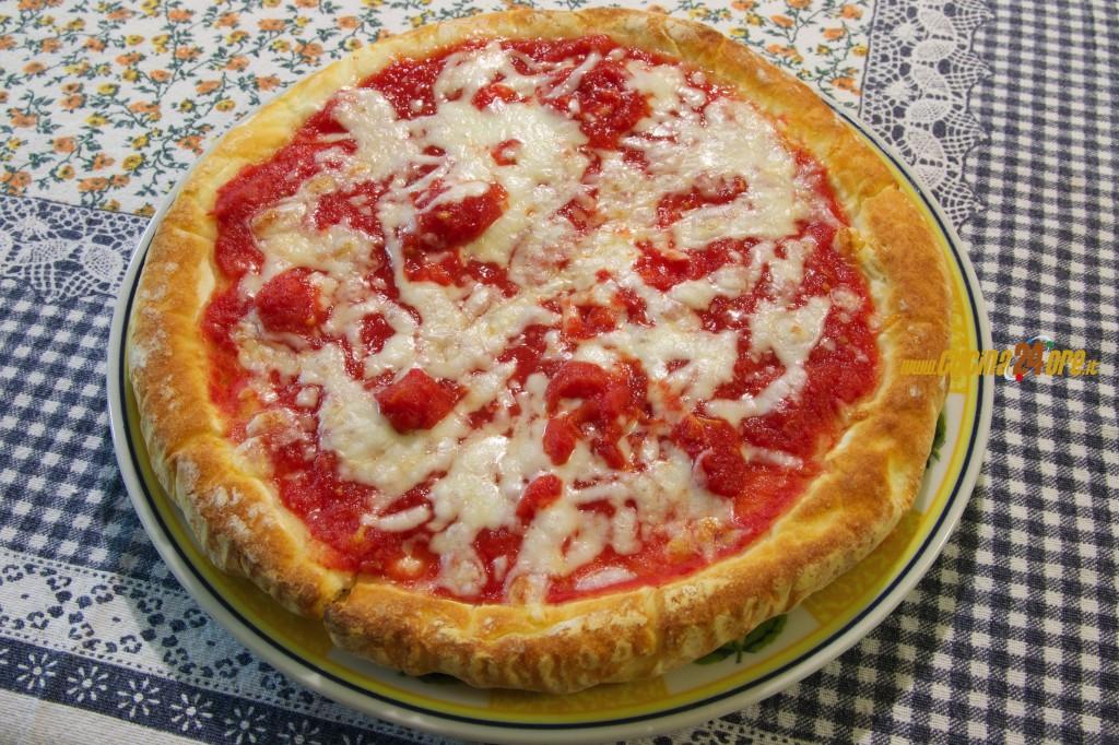 Poca Spesa e Tanta Resa. La Pizza Margherita Napoletana e Senza Glutine – VIDEO e FOTO