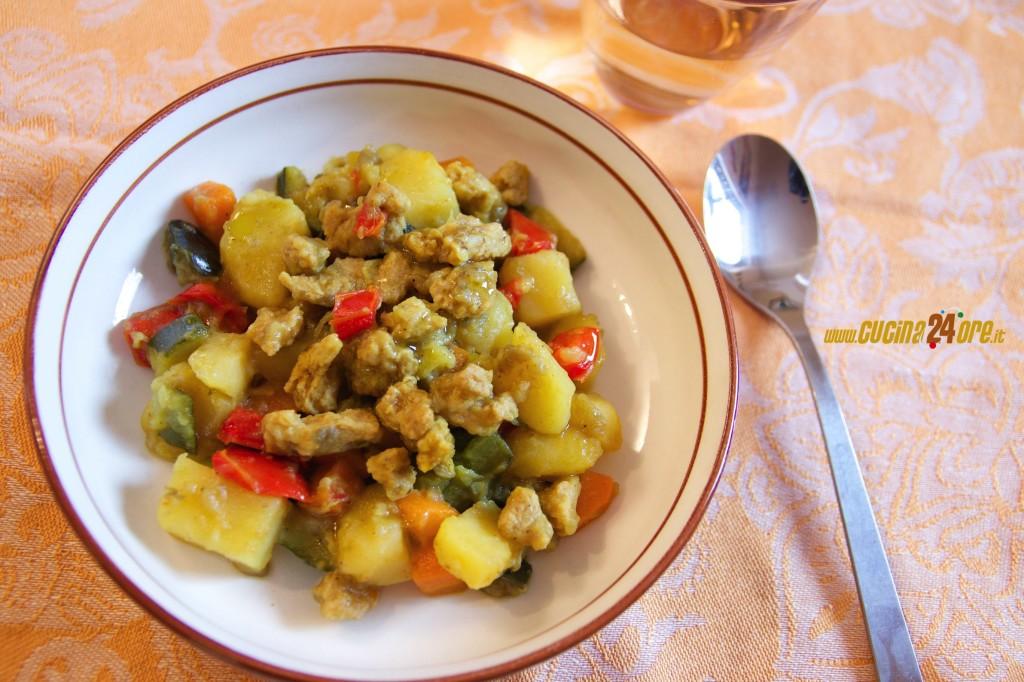 Colesterolo KO e Tanto Gusto, i Bocconcini Di Soia al Curry con Verdure