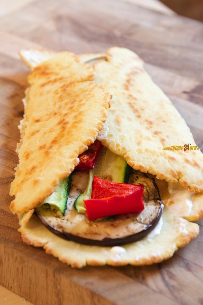 Piadina Contadina Fatta in Casa. Peperoni, Zucchine e Melanzane… Fragrante anche Senza Glutine