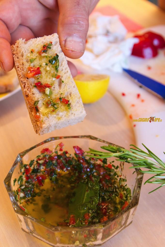Chimichurri – Salsa Argentina Piccante e Coloratissima Per Carne Alla Griglia