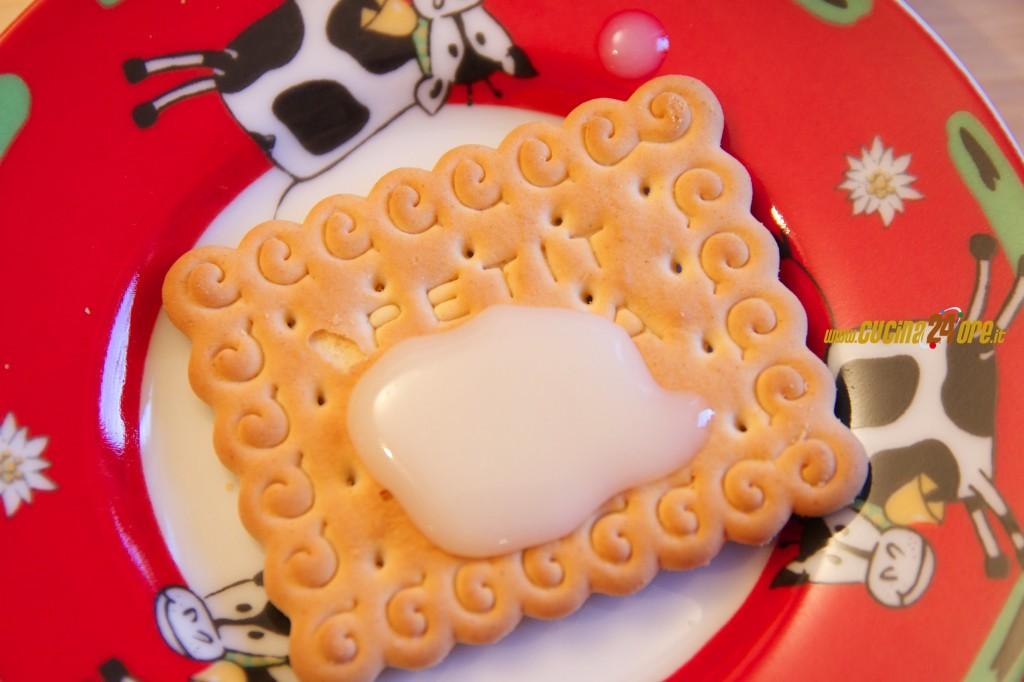 Latte Condensato Fatto In Casa. Per Dolci Veloci, Naturali e Golosissimi