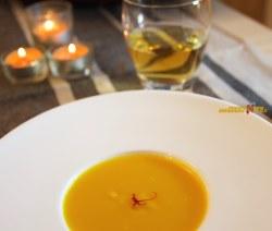 Vellutata Di Zucca Con Zafferano – Antipasto Light Vegetariano | Velvety Pumpkin and Saffron Soup