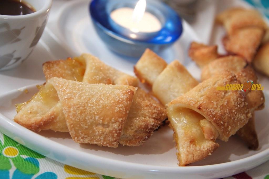 Cornetti di Pasta Sfoglia alla Marmellata di Arance e Fragole | Puff Pastry Croissant Recipes