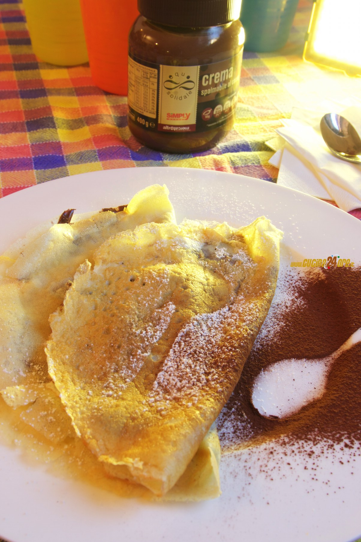 Crepes di Farina di Riso Senza Glutine con Crema al Cacao – Dessert Leggero e Veloce