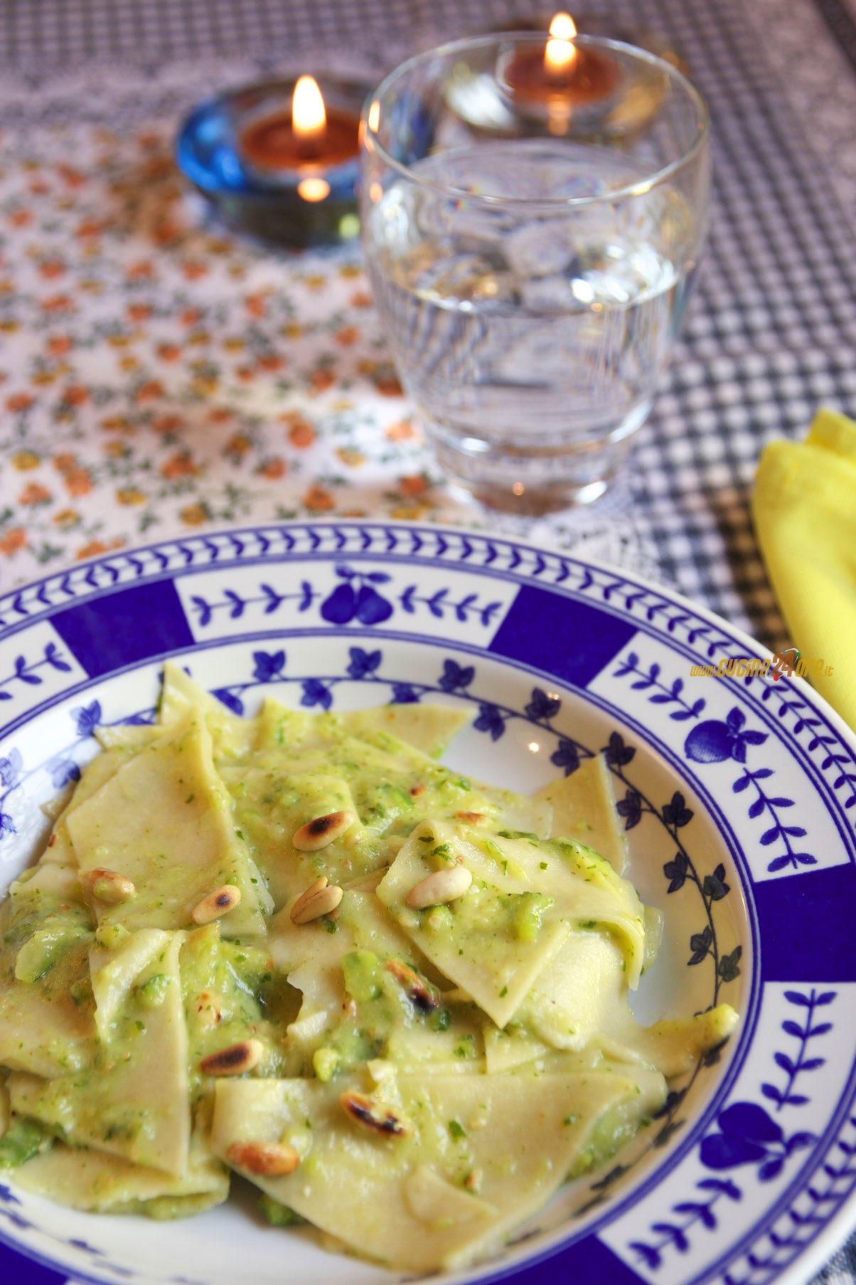 Maltagliati con Pesto di Zucchine e Pinoli
