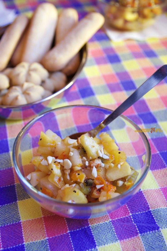 Frutta di Stagione Caramellata con Mandorle