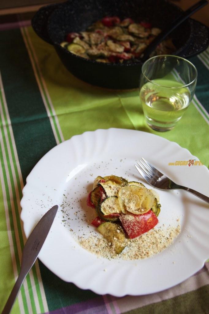 Sformato Light di Zucchine, Peperoni e Cipolle – Contorno Vegetariano