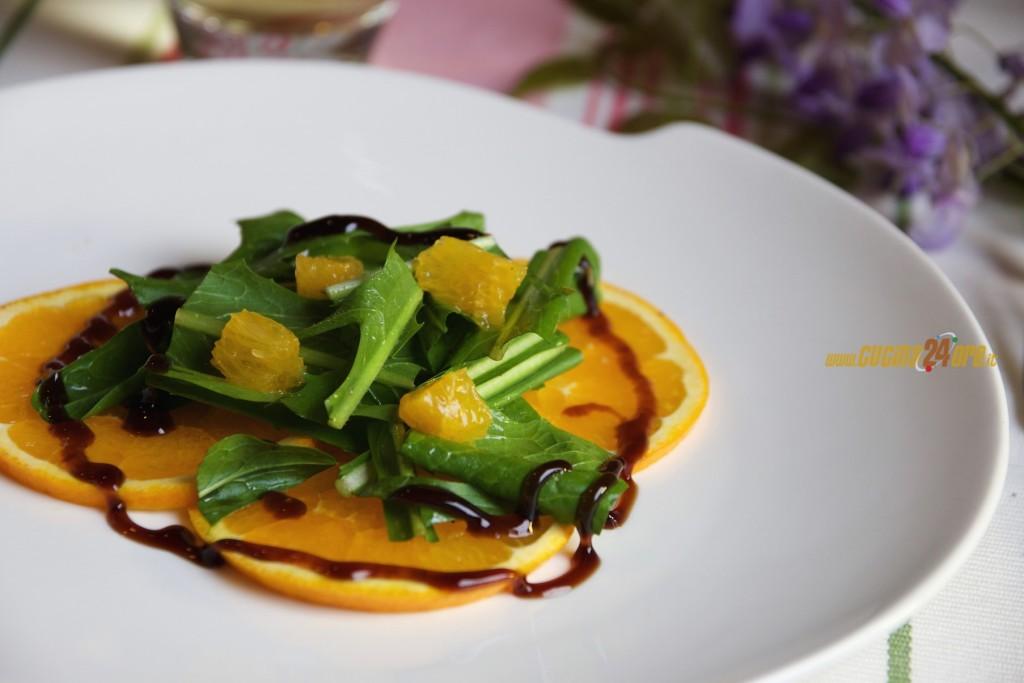 Insalata Con Puntarelle, Arance e Crema di Aceto Balsamico – Antipasto di Stagione Con Le Verdure dell'Orto