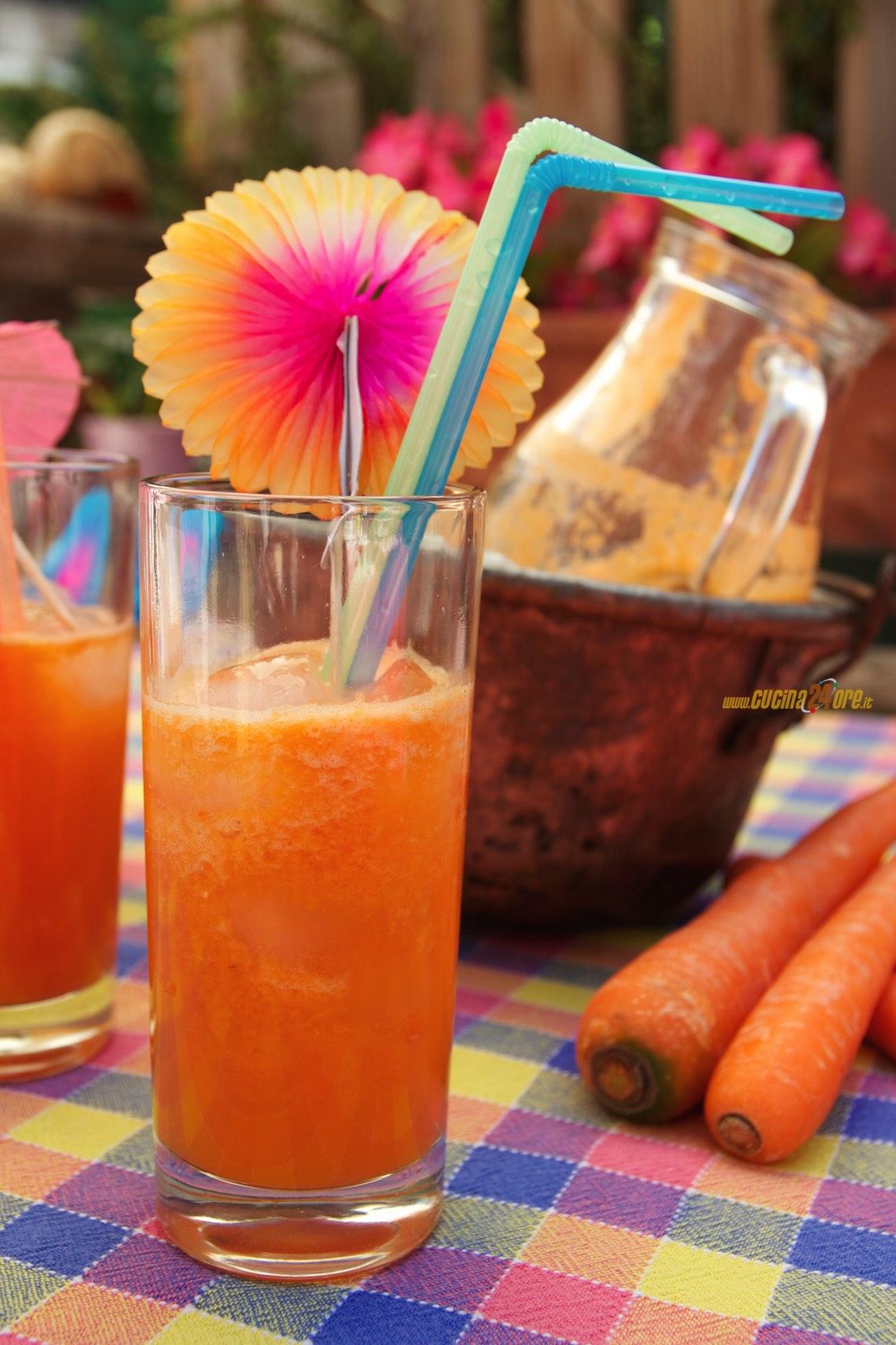 Centrifugato Abbronzante Di Carote, Albicocche e Melone