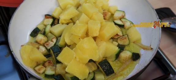 Dadolata di patate e zucchine ai semi di zucca 3 modi per tostare i semi di zucca ricette di - Modi per cucinare patate ...