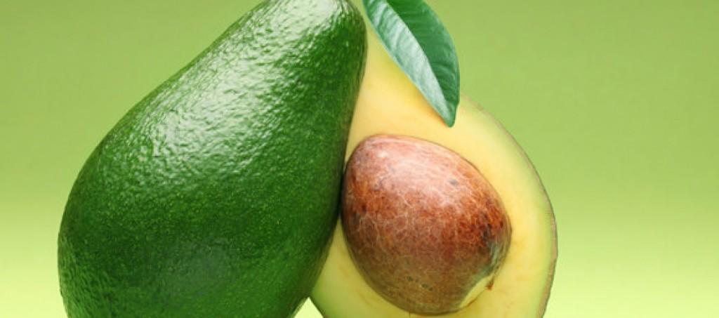 """Il """"grasso"""" Avocado in aiuto della dieta contro il grasso addominale. 5 modi per utilizzarlo in cucina"""