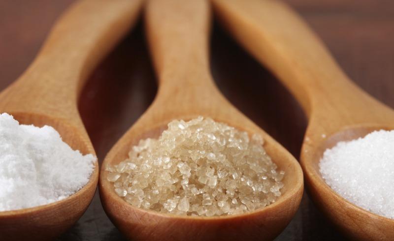 La Truffa dello Zucchero, il Killer Silenzioso. Fa Male? Alternative Sane per Dolcificare