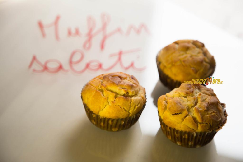 MUFFIN SALATI con Prosciutto e Ricotta. Ricetta SENZA Lievito e Nichel – Ham & Ricotta Salty Muffins