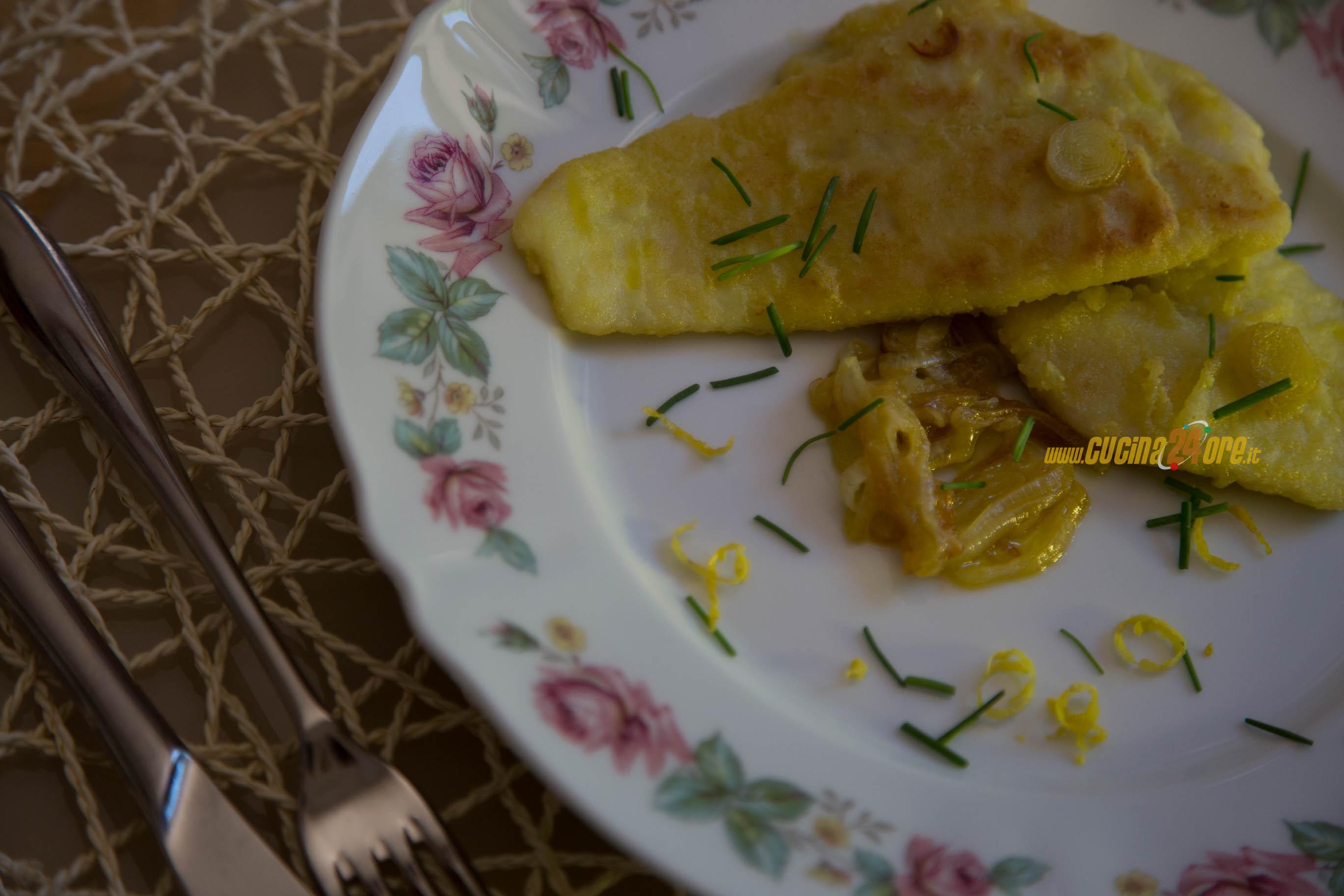 COME TI CAMBIO IL MERLUZZO! LA PADELLA IN PIETRA! Panati ai porri e limone con erba cipollina – VIDEO RICETTA