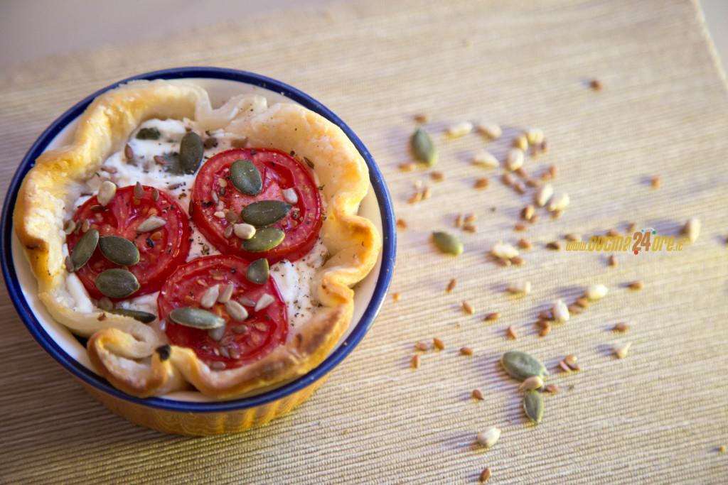 Ricotta in Cestino con Semi Vari e Pomodorini – Torta Rustica Senza Glutine