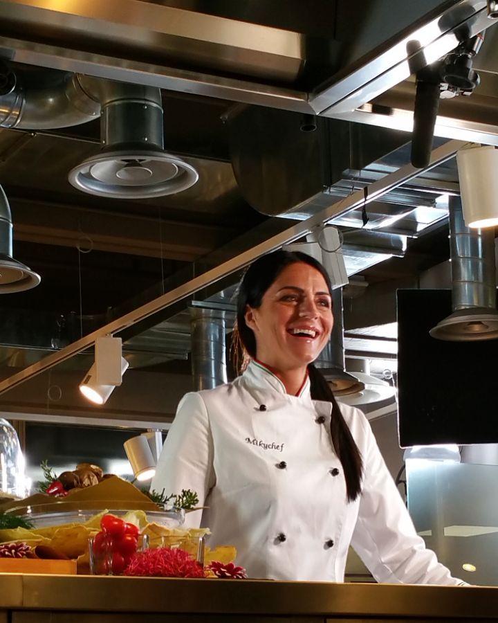 7 chef straordinari e i piatti simbolo della loro cucina. 7 ritratti d'eccezione dove l'arte incontra la qualità degli ingredienti #TopDinner