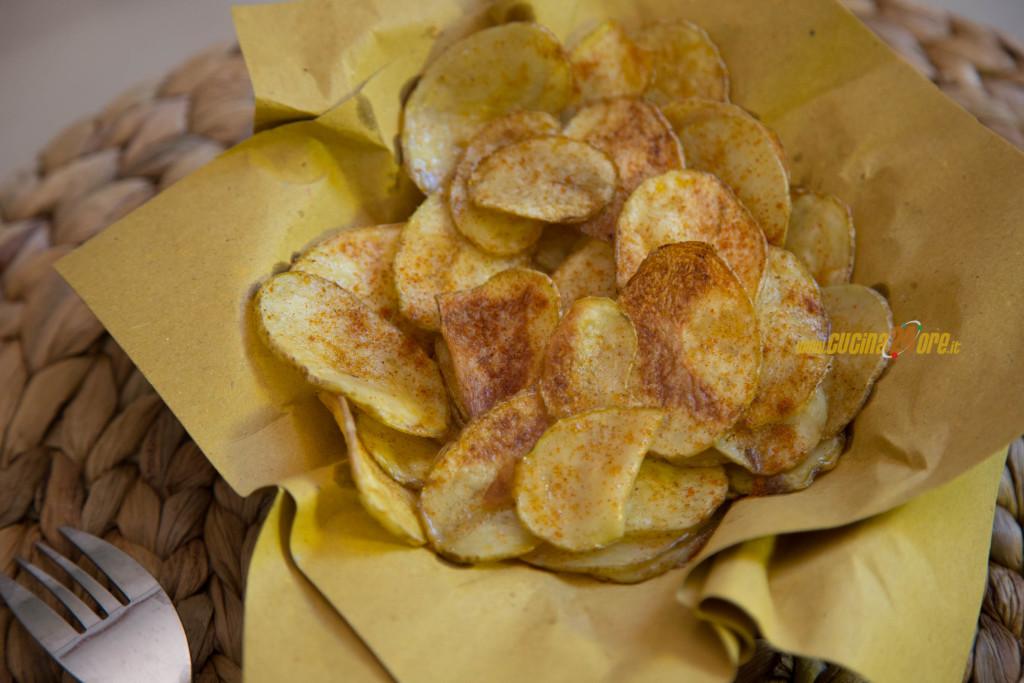 Chips di Patate alla Paprika Dolce, non Fritte