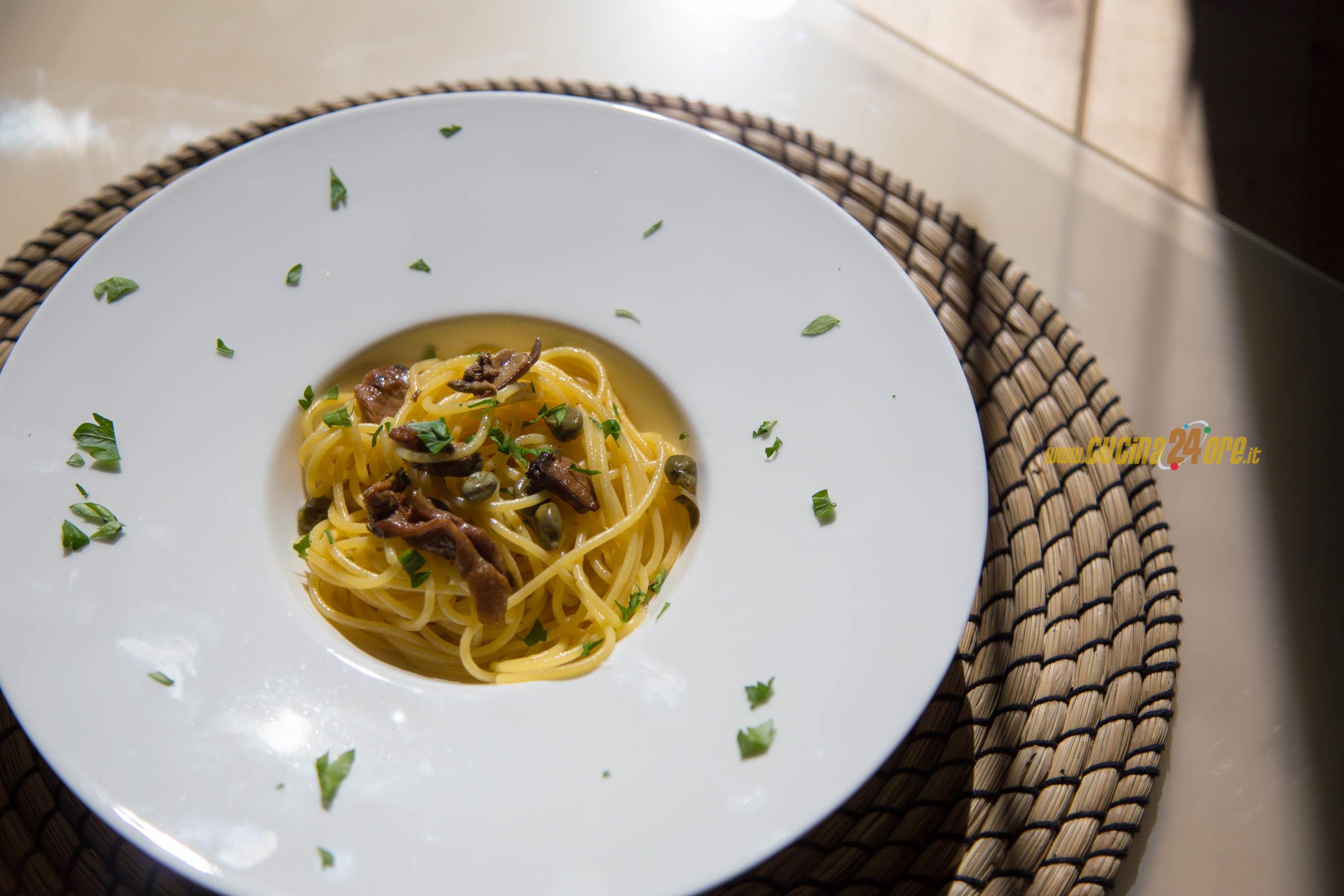 Primo da Speedy Gonzales! Spaghetti funghi e capperi. Buoni e senza glutine