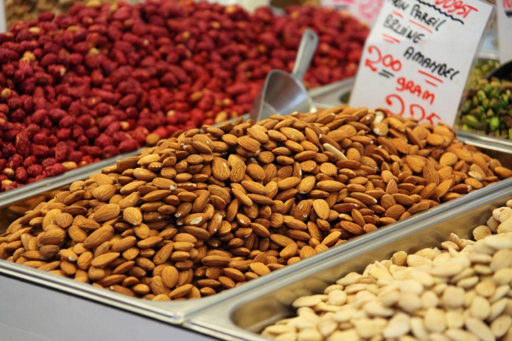 Frutta Secca e Semi: Tabella Nutrizionale, Calorie e Ricette Semplici e Veloci