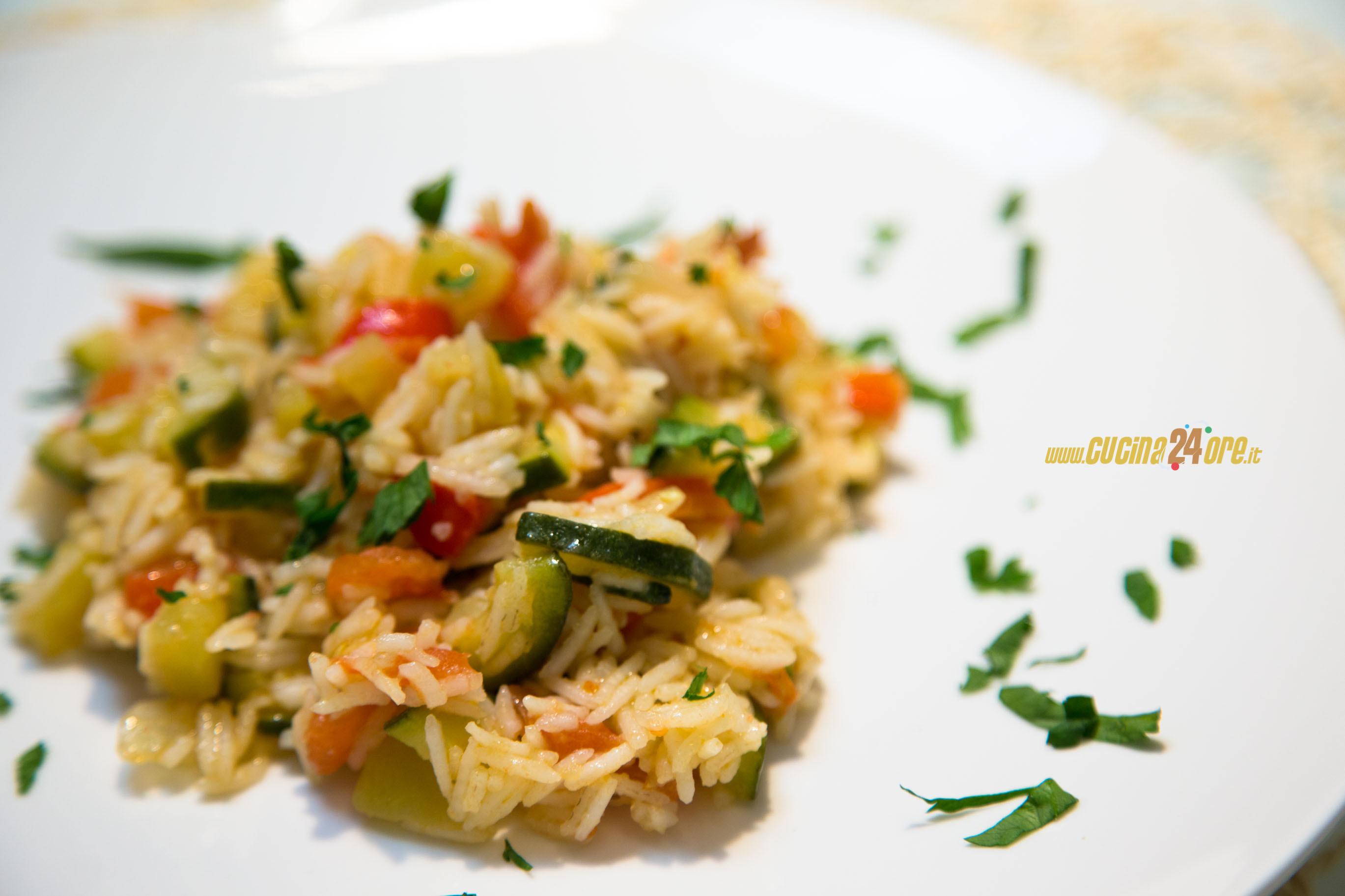 Cottura con la Macchina del Pane: Verdure Saporite con Riso Basmati
