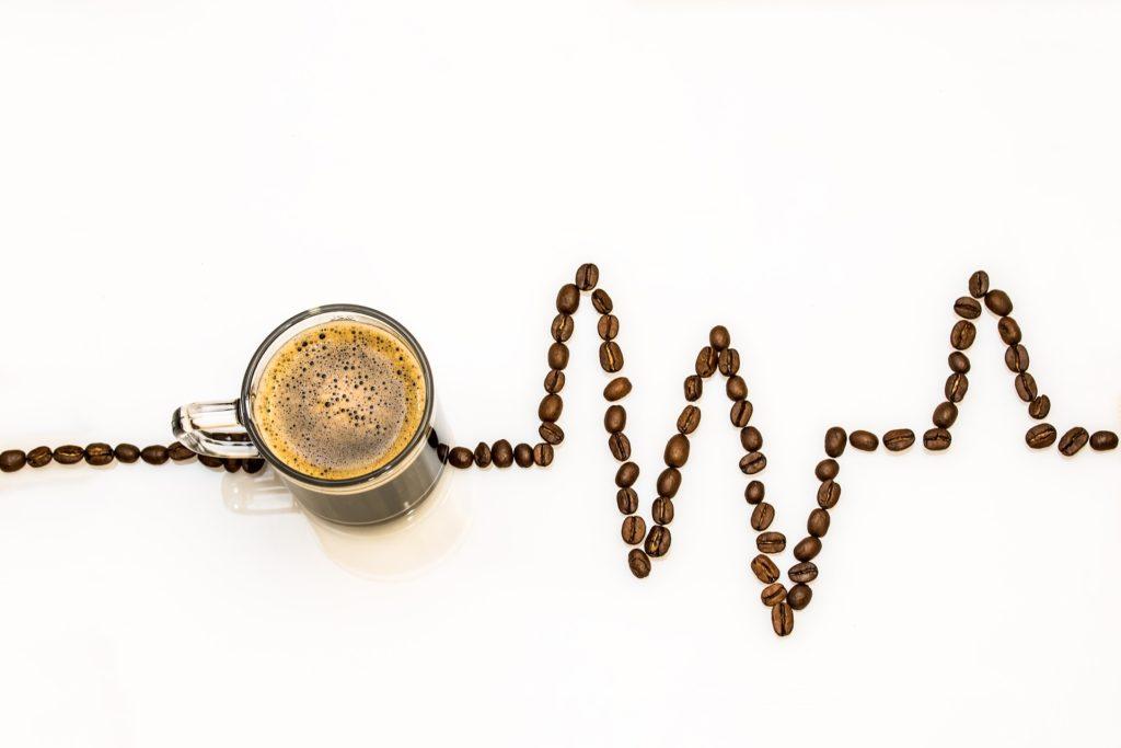 """Caffè: Buono, Salutare, """"Energetico"""", ma Occhio all'Effetto Viagra!"""