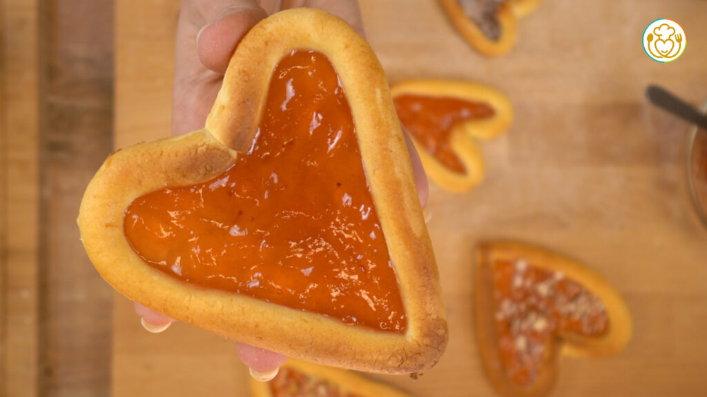 Biscotti Senza Glutine a Cuore per San Valentino con Pasta Frolla Senza Burro alla Ricotta